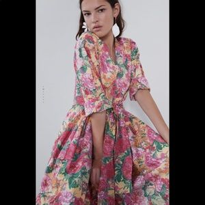 Zara's midi floral pink dress
